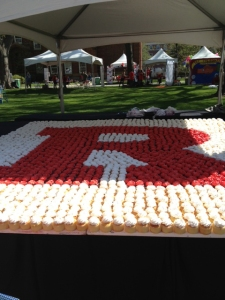 Rutgers pride is shown by almost 3,000 homemade cupcakes.